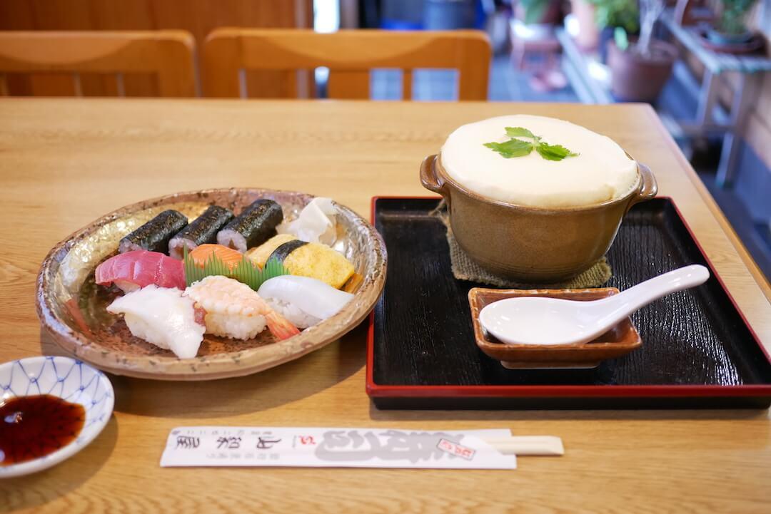山梨屋寿司店 ご当地グルメ たまごふわふわ お寿司 袋井市 ランチ