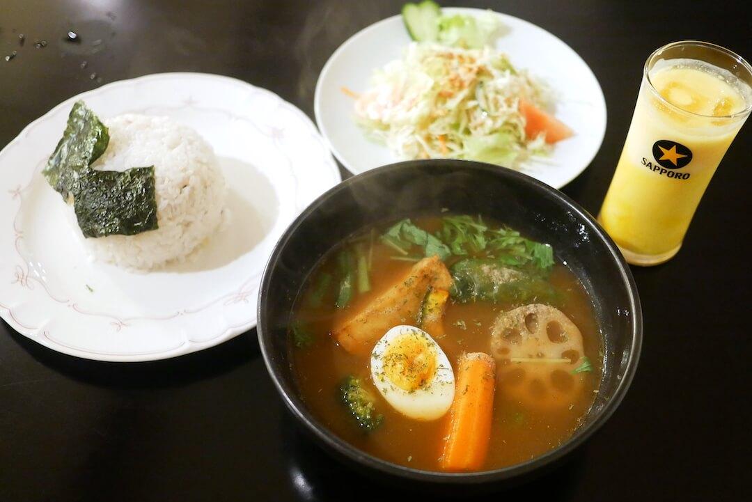 [愛知県一宮市] Curry Dining MoMo / カレー専門店の野菜ゴロゴロ札幌スープカレー
