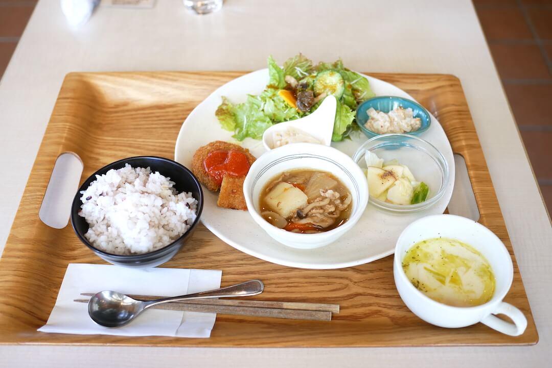 ガーデンカフェ ルーベル 松阪農業公園 三重カフェ 松阪市 ランチ 野菜