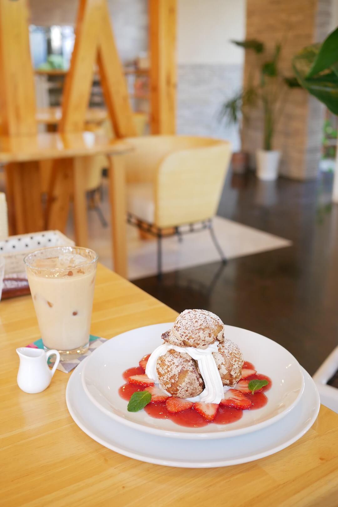 【岐阜市】CHUBBY cafe dessert(チャビーカフェデセール)岐阜カフェ スイーツ シュークリーム いちご 洋菓子